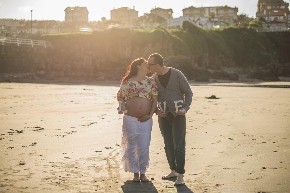 sesion-embarazo-en-la-playa (20 de 34)
