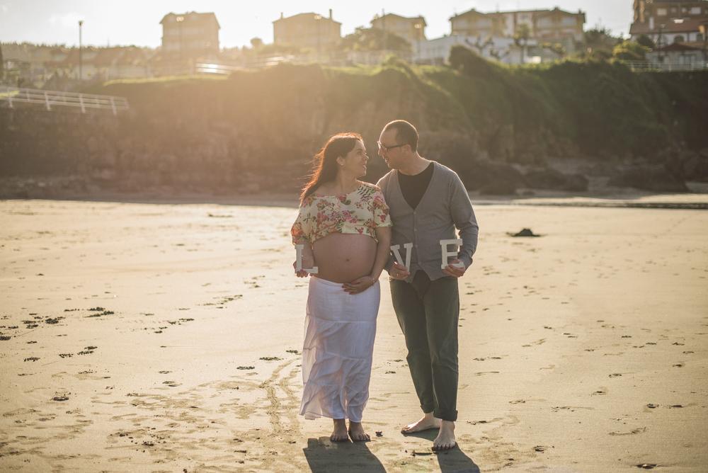 sesion-embarazo-en-la-playa (21 de 34)